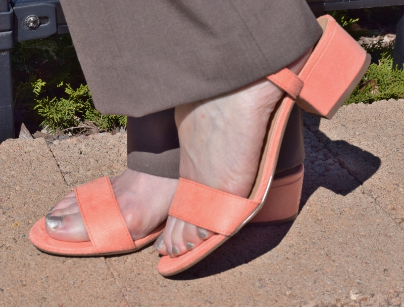 block heeled sandals for women over 50 years old