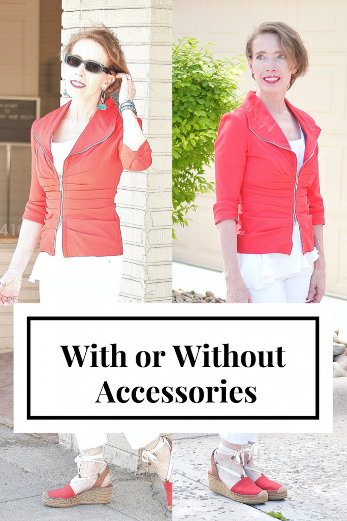 Accessories with solid colors on Woman 50+