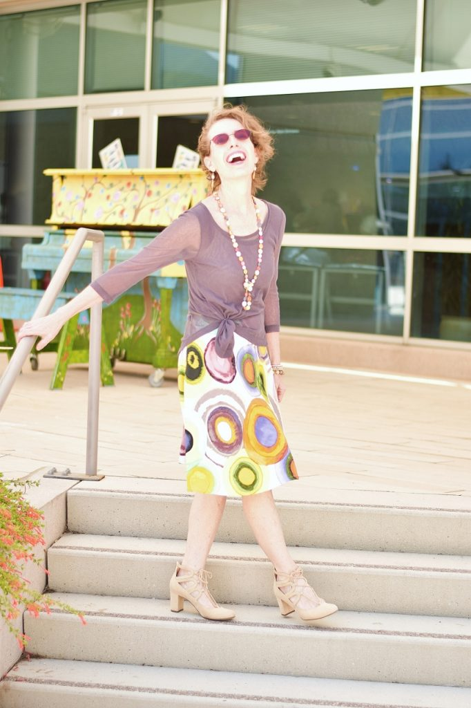 Summer skirts with dark colors for women 50+