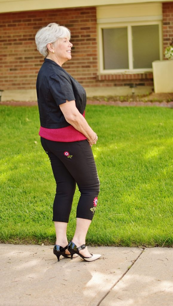How to Dress up our Capri Pants for 60+ women