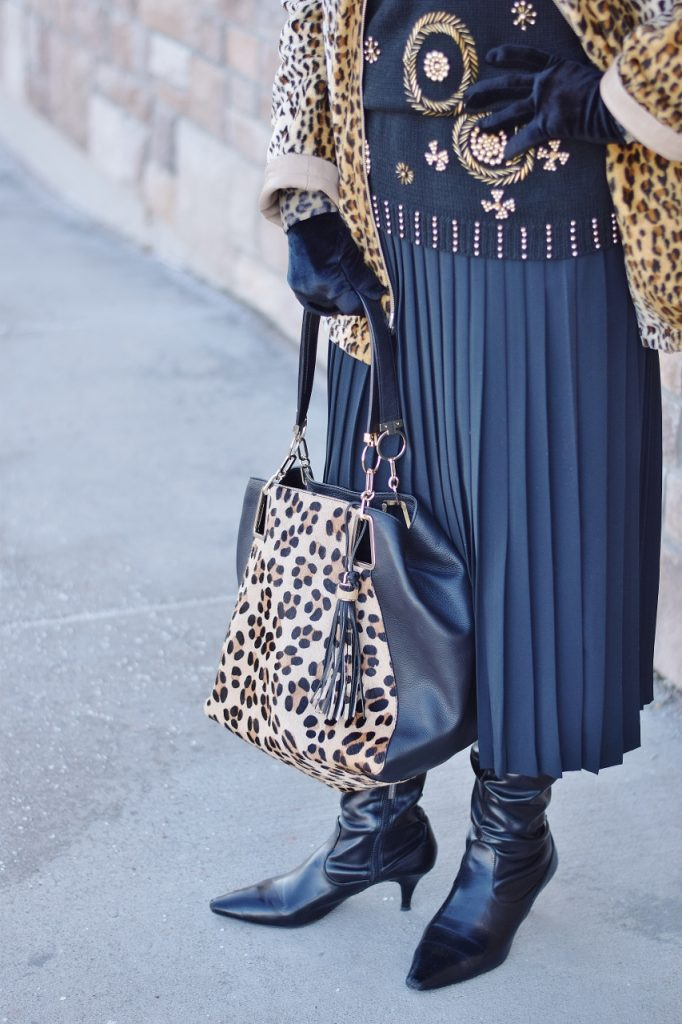 Leopard Coats with leopard purse