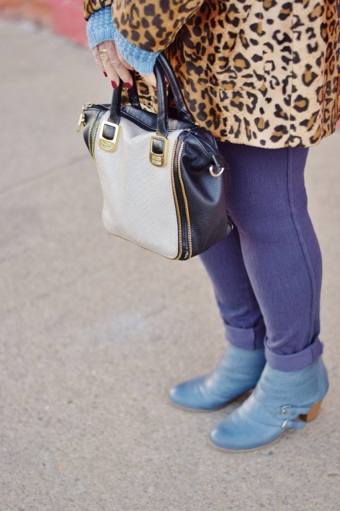 Leopard coats for Women with blue items