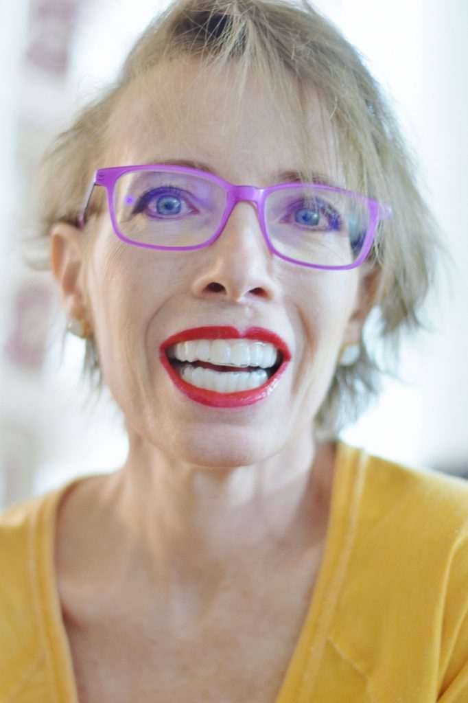 smile brilliant used as teeth whitening for women over 50 with trays and gel
