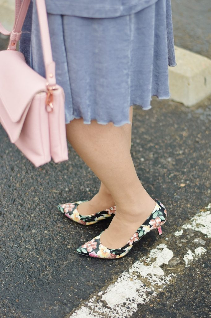 What Easter Outfits to wear with florals