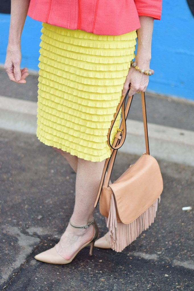 Bright Easter outfits for women