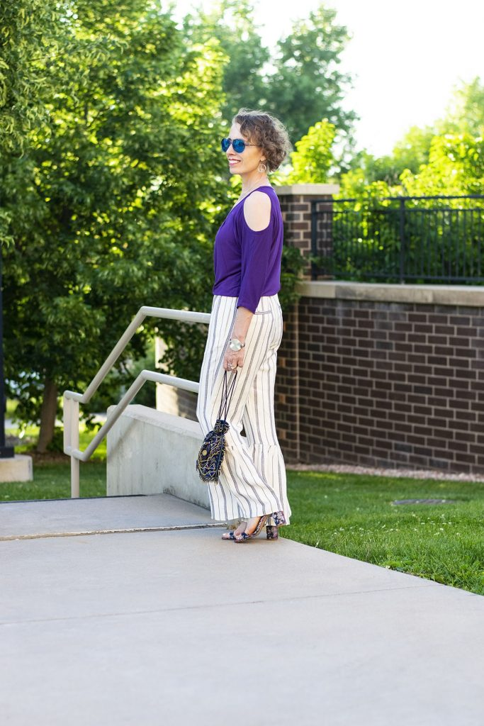 How to style summer midlife material for older women