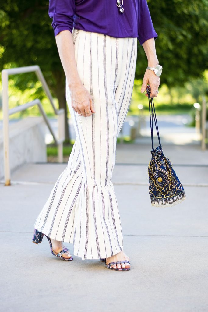 Styling summer clothing material with linen pants
