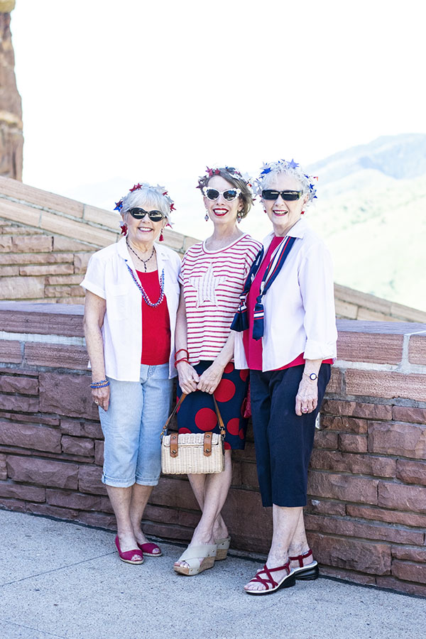 Wearing 4th of July outfits for women at red rocks