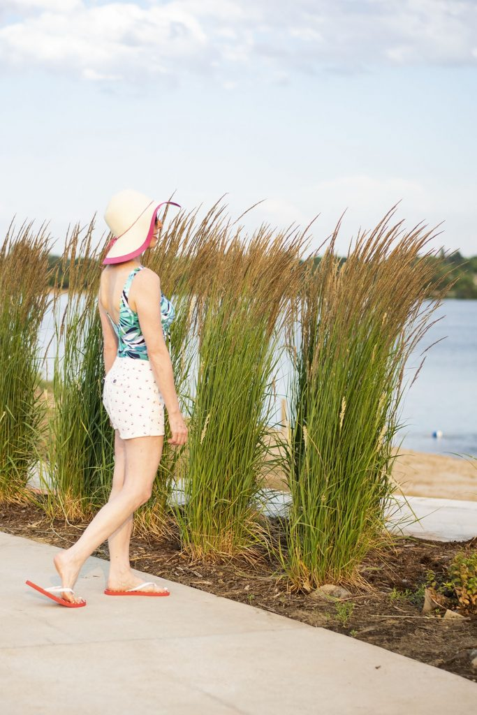 What to wear to the beach for women over 50 over your swimsuit