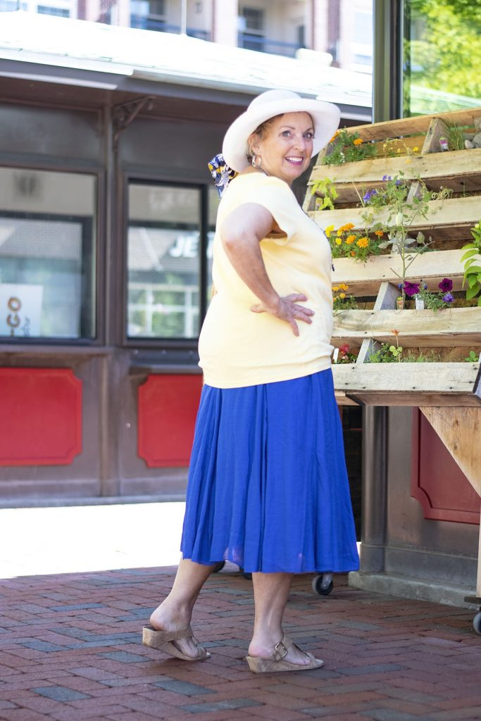 Tricks about wearing Bright colors for summer for women over 60