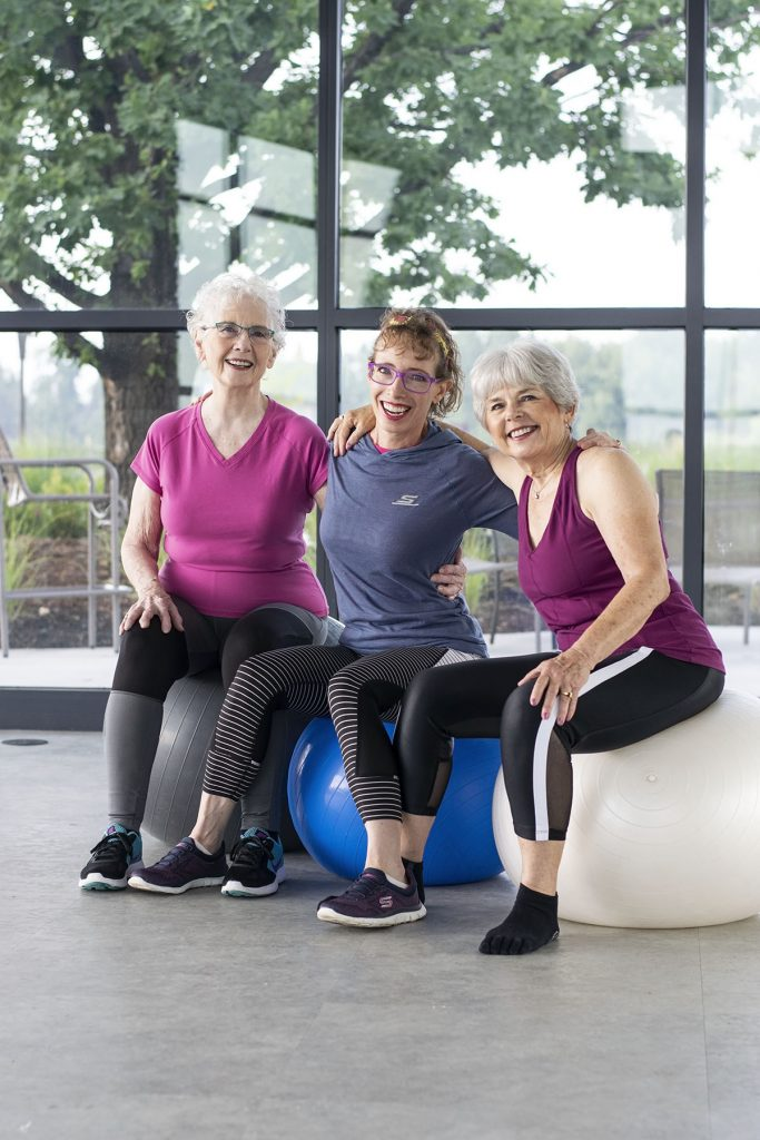 New fitness clothes for women over 50 working out with friends