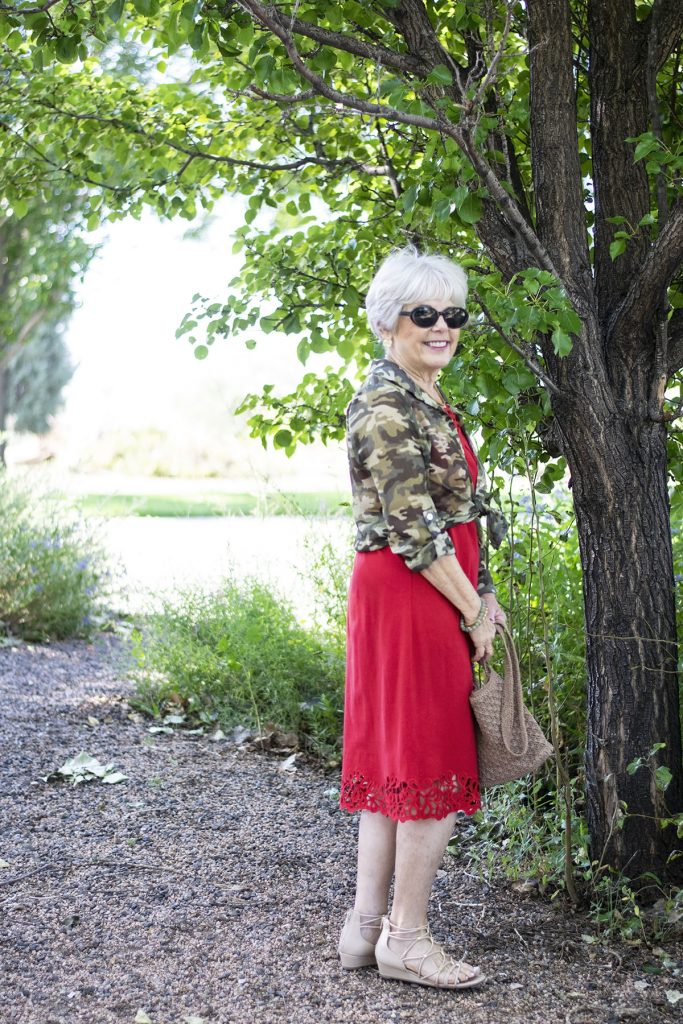 How to wear Camo and color with red