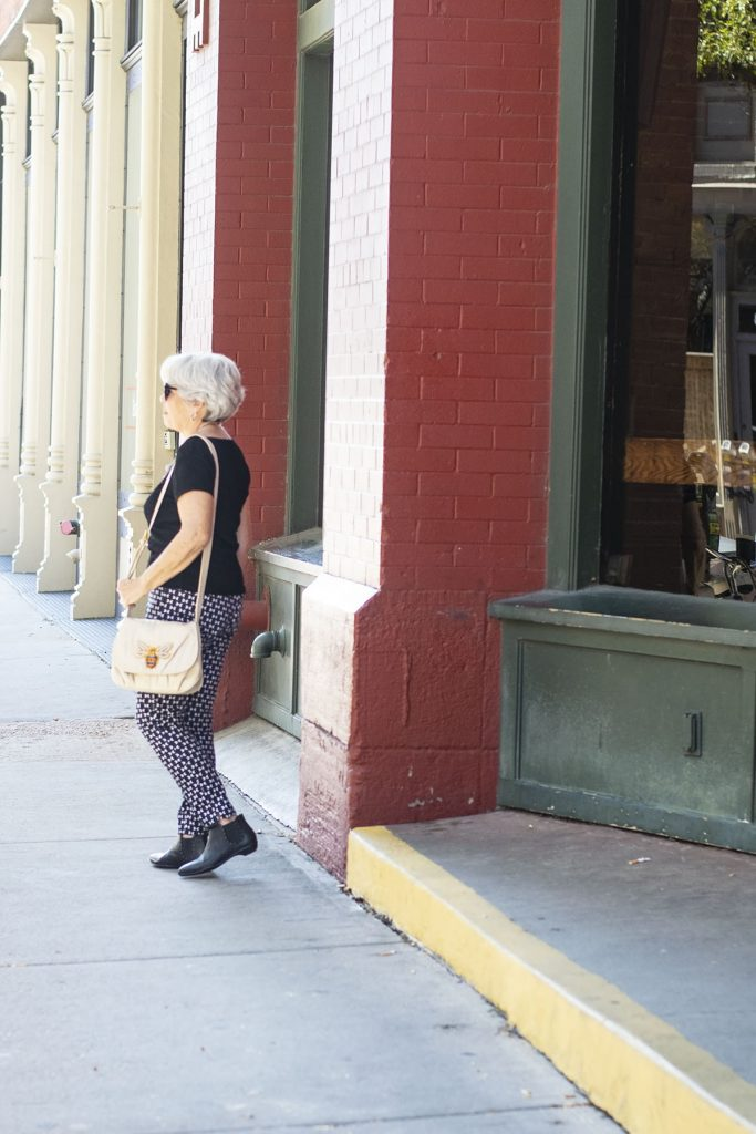 How to style fall outfits with comfortable booties for women with print jeans
