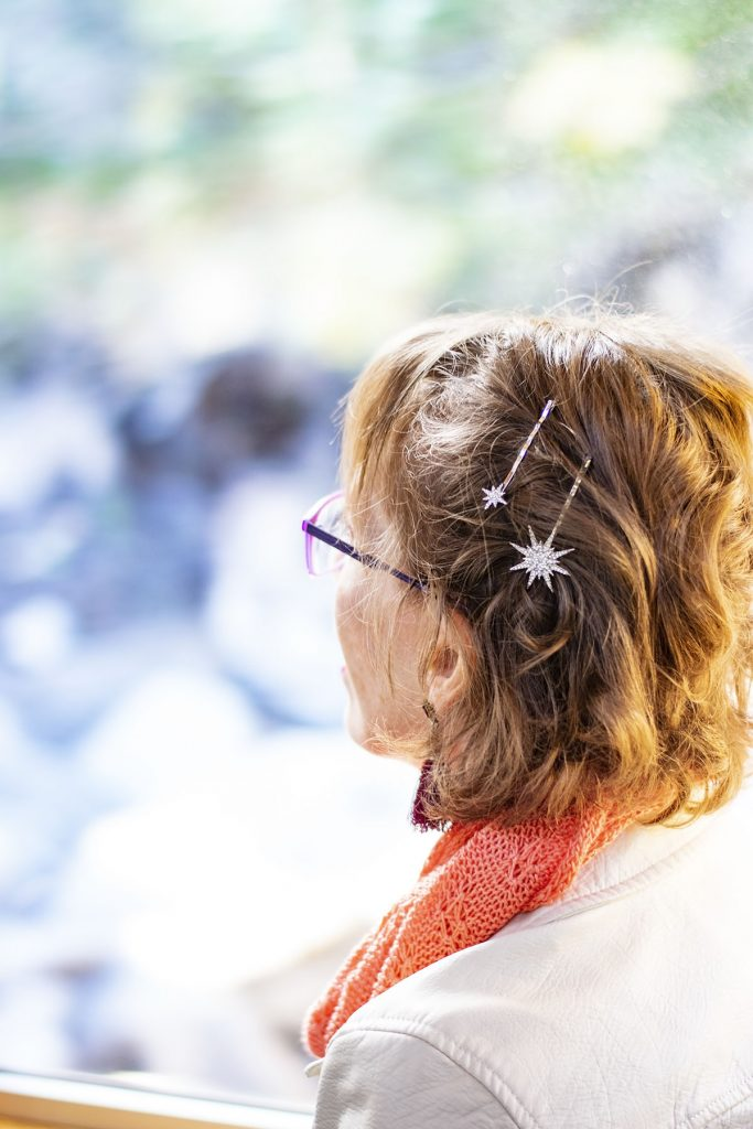 Wearing hair accessories with Lilla Rose with sparkle bobbies