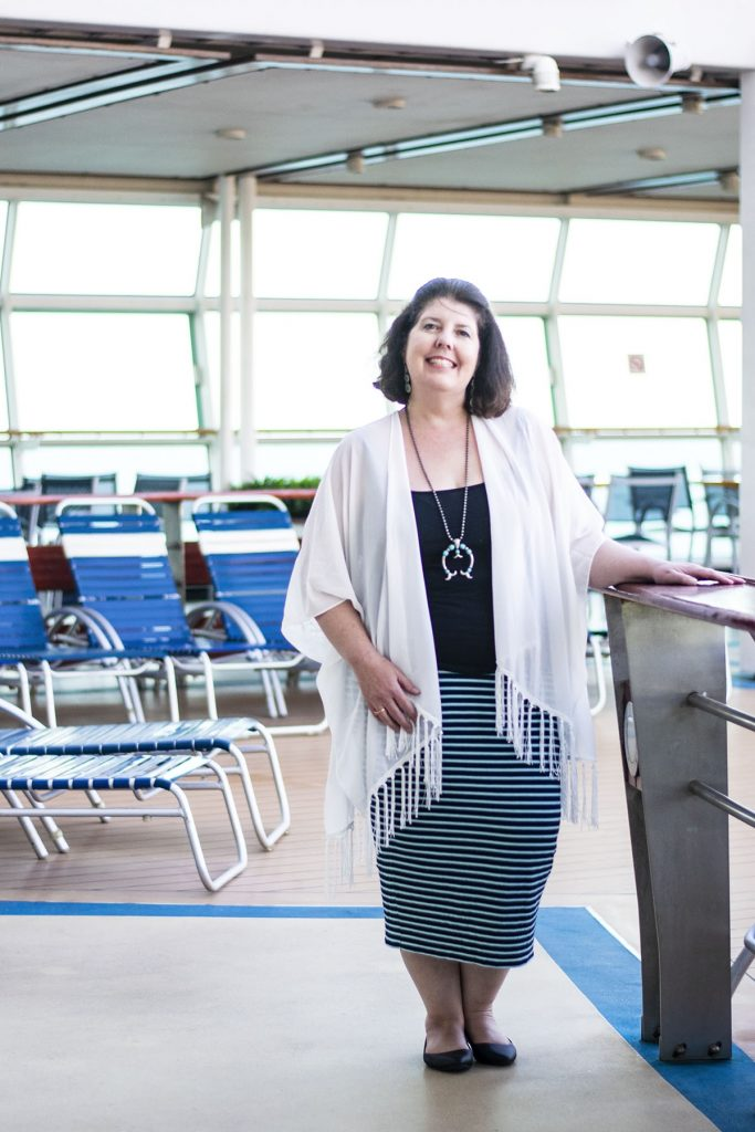 Cruise travel outfits for ladies over fifty