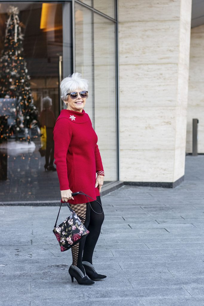 What to wear to a Christmas Party for women over 70