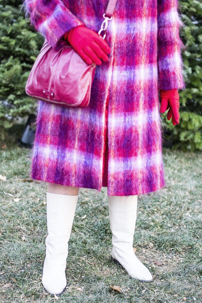 How to wear holiday coats and jackets with a plaid coat