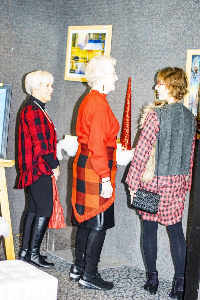 How to style checks and plaids fabric for holiday occasions