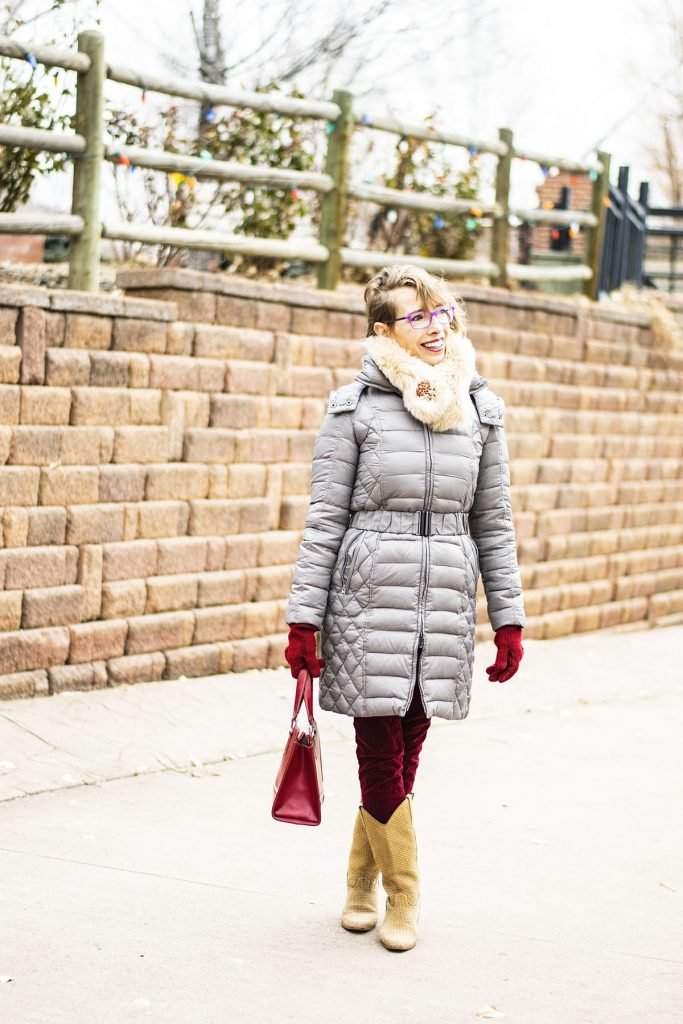 How to wear a faux fur scarf for women over 40