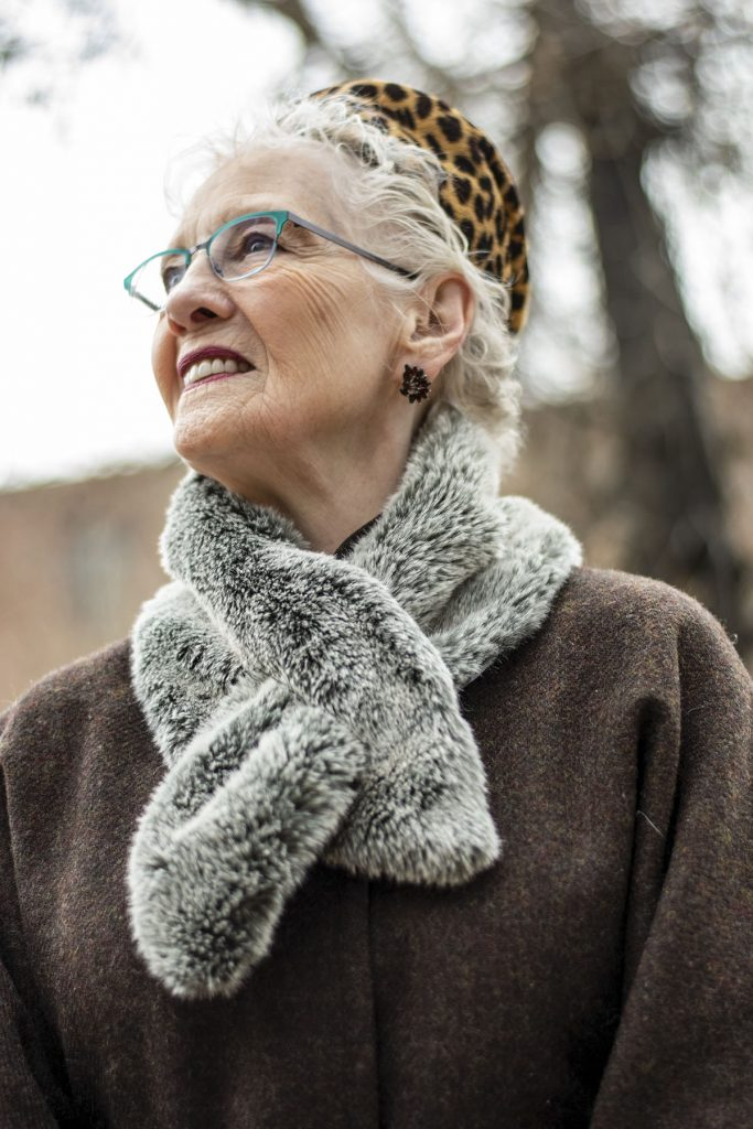 How to wear a faux fur scarf for women over 80