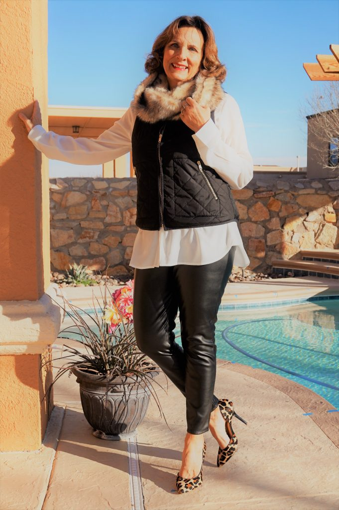 Leslie shows how to wear faux fur scarf