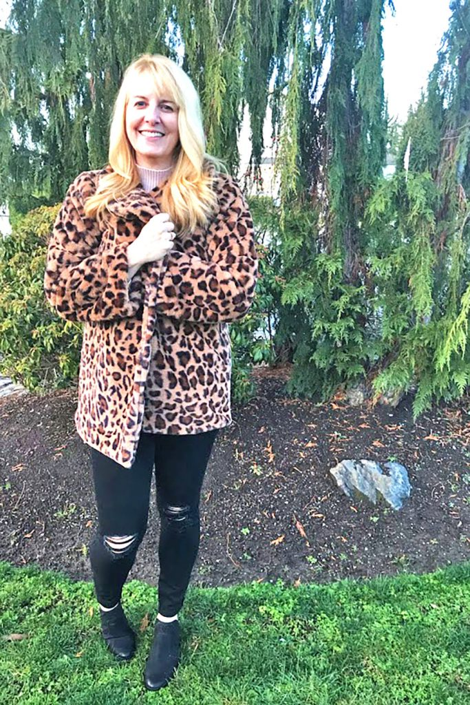Lana in her leopard print coat