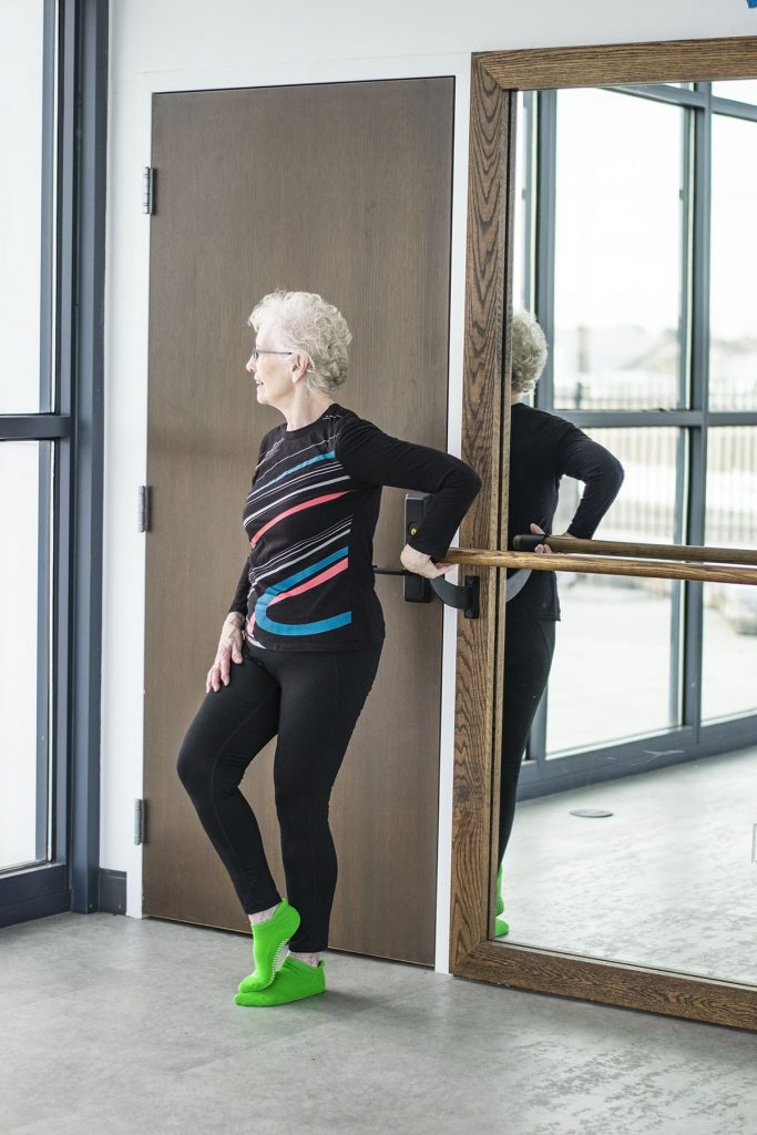 How to wear workout clothes for women over 50