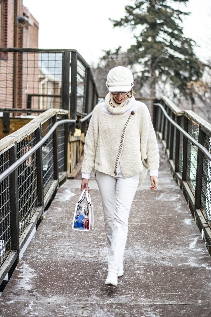 How to style white boots for a modern trend