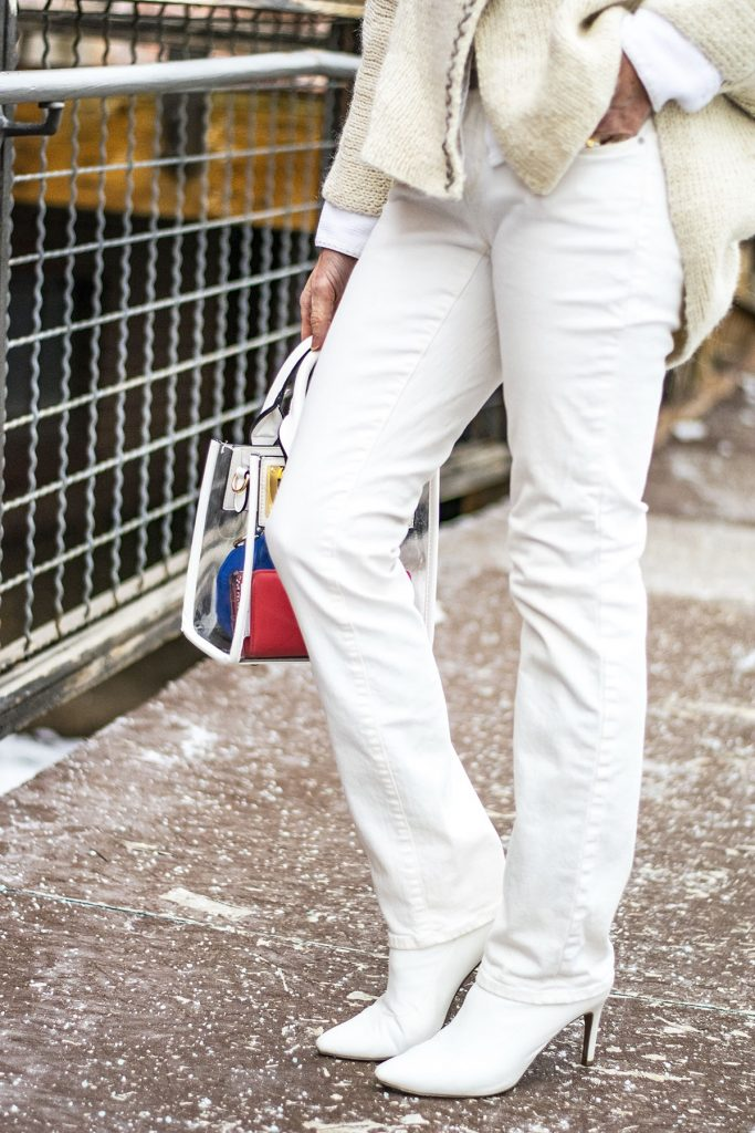 How to style white boots with white jeans