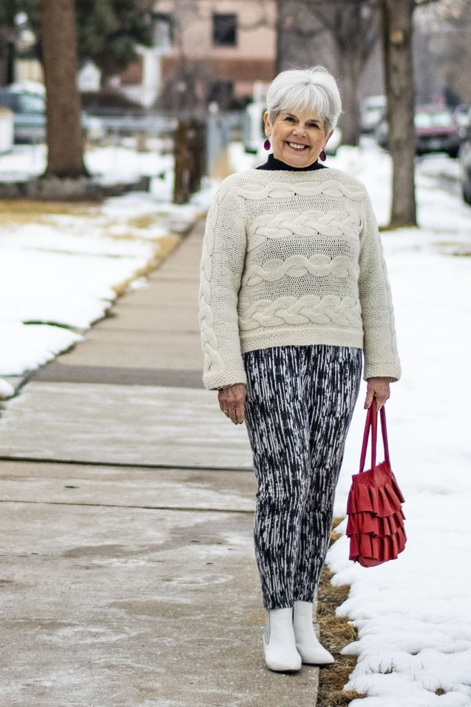 How to style white boots for winter time