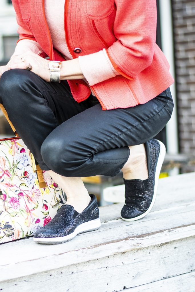 Styling spring colors with black sneakers