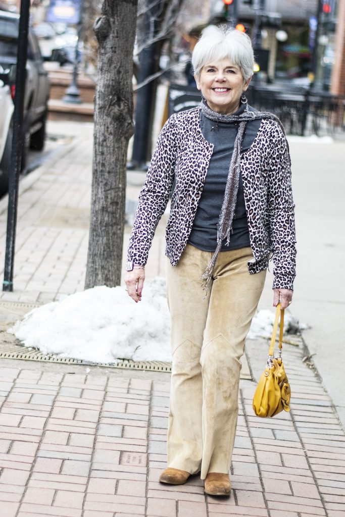 Modern cowboy style with a yellow purse