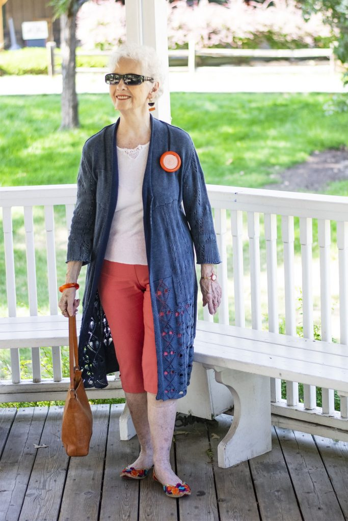 Spring colors in pants and shoes
