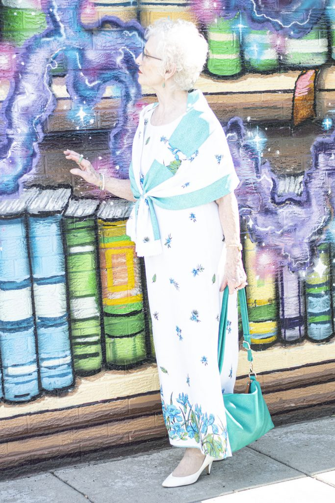 Woman over 80 in white heels style