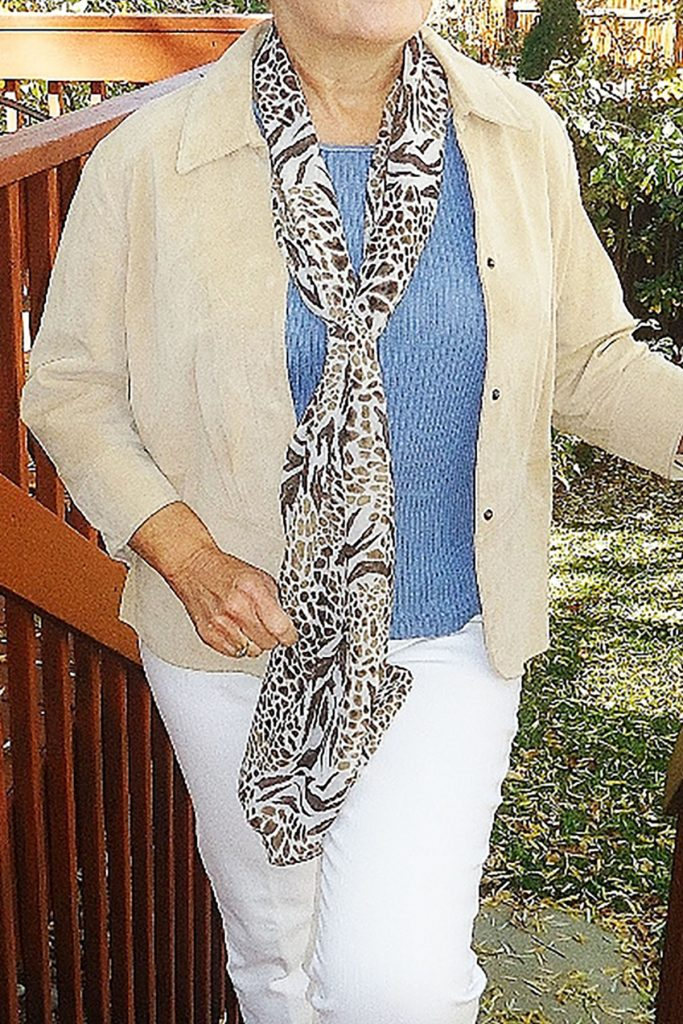 Wearing colors that go with blue and white