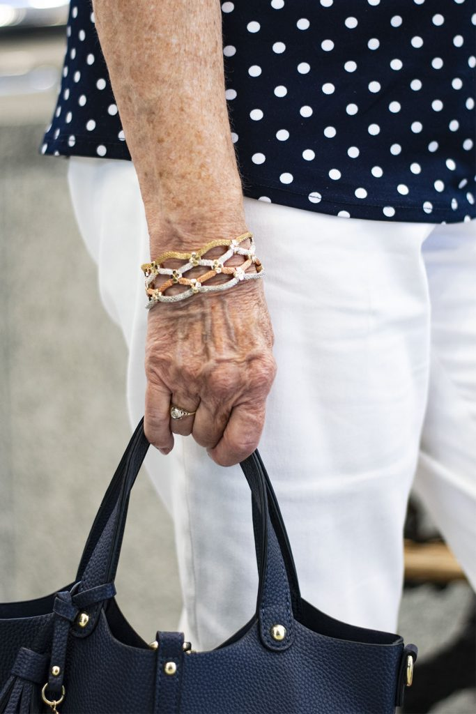 Accessories with the polka dot trend