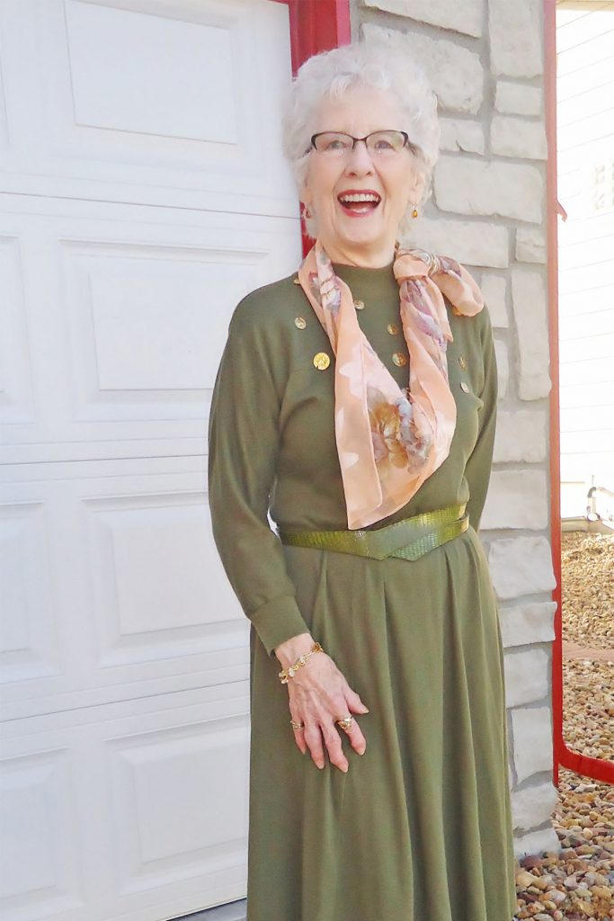 Older woman and olive green for natural inspired outfits