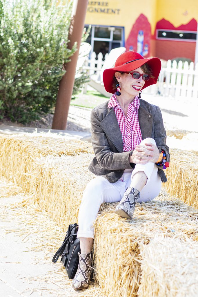Red hat with what to wear with snakeskin boots