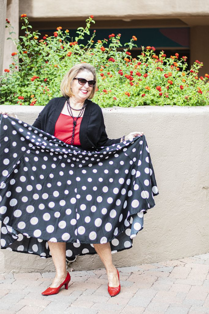 Circle skirt as birthday party outfits for ladies