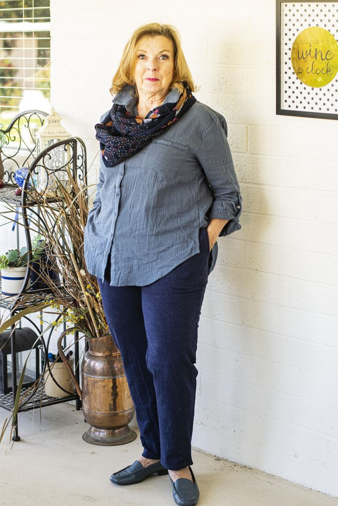 Blue outfit with an online virtual stylist