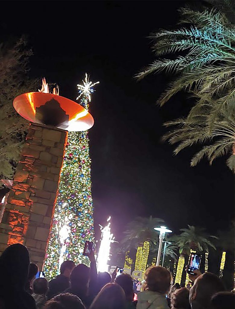 Holiday lights Phoenix at Desert Ridge