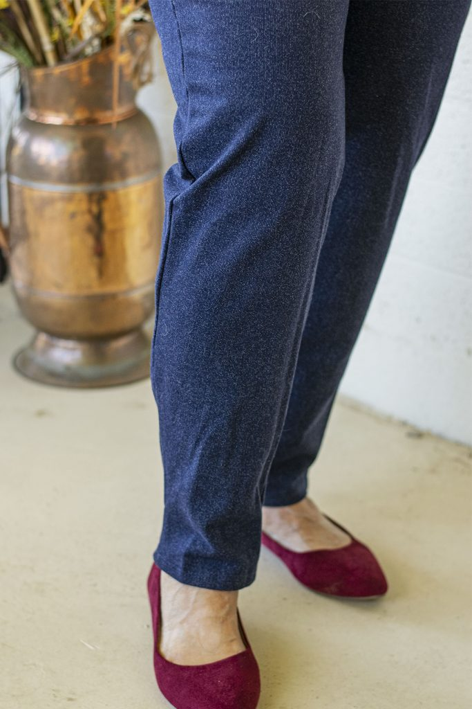 Blue leggings picked out by an online virtual stylist