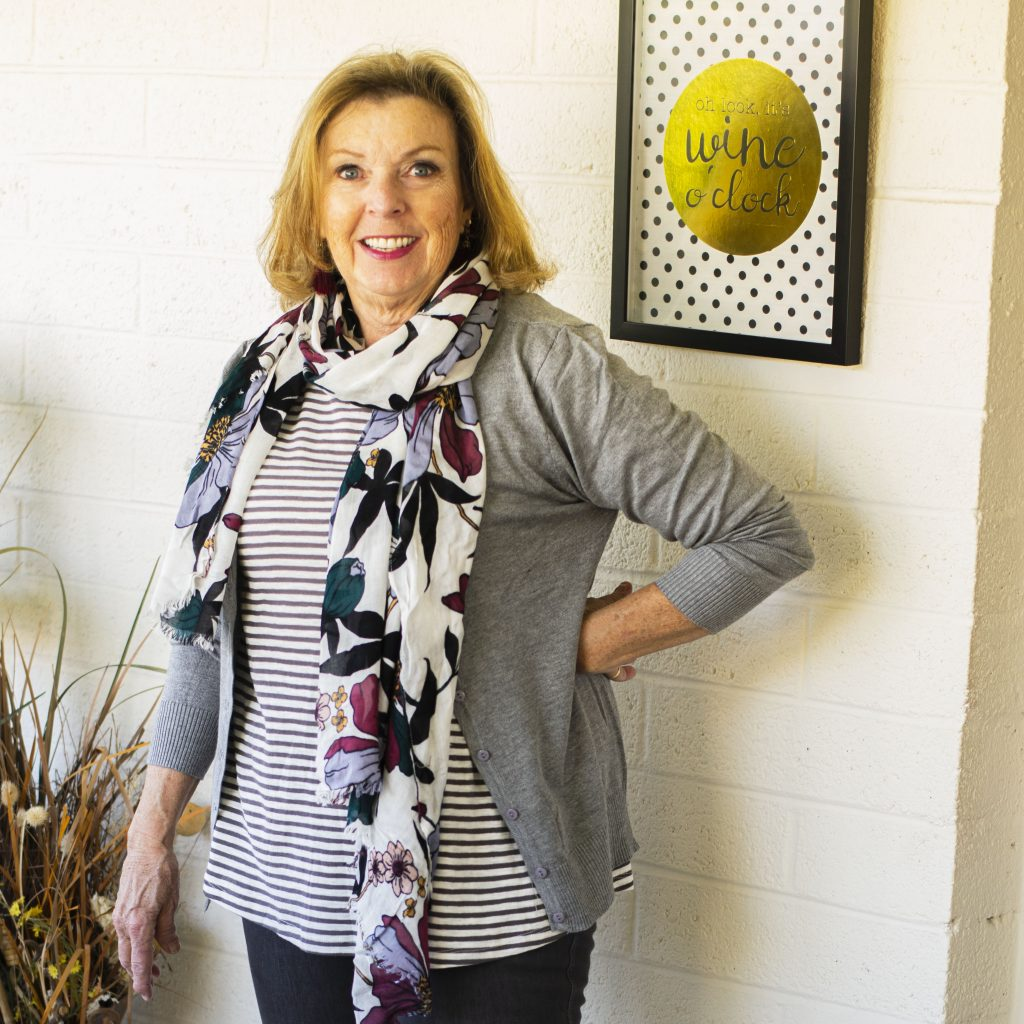 Print mixing with a scarf
