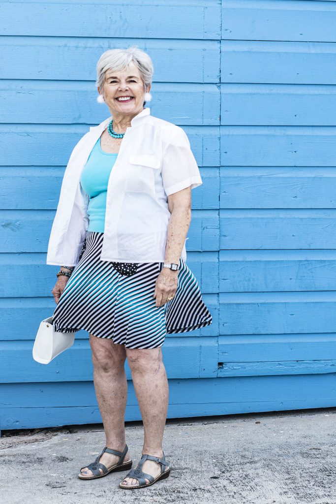 Woman over 70 and how to wear short skirts