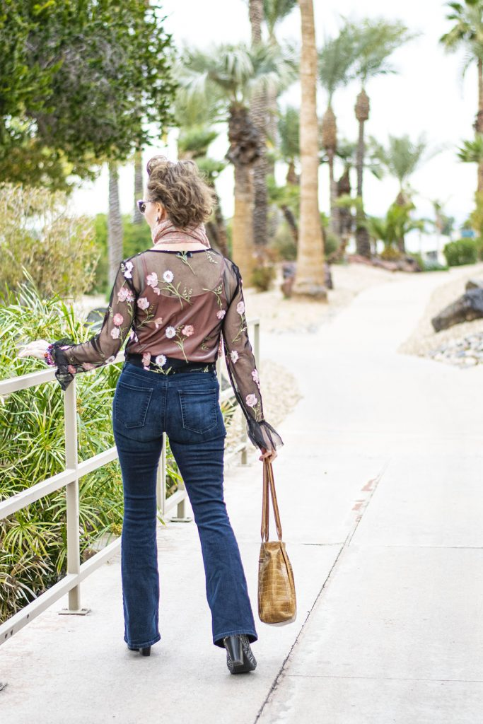 Jeans for women and casual date outfit