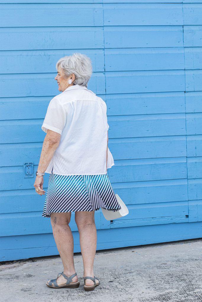 How to wear short skirts for older women
