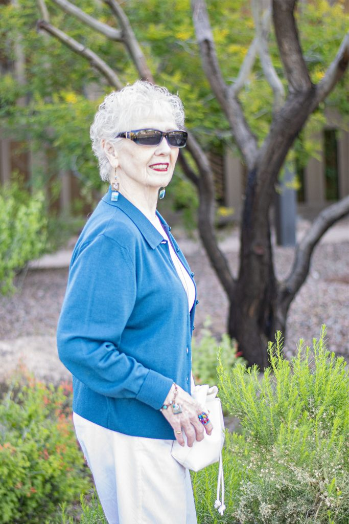 Woman in her 80's and how to match jewelry to look stylish