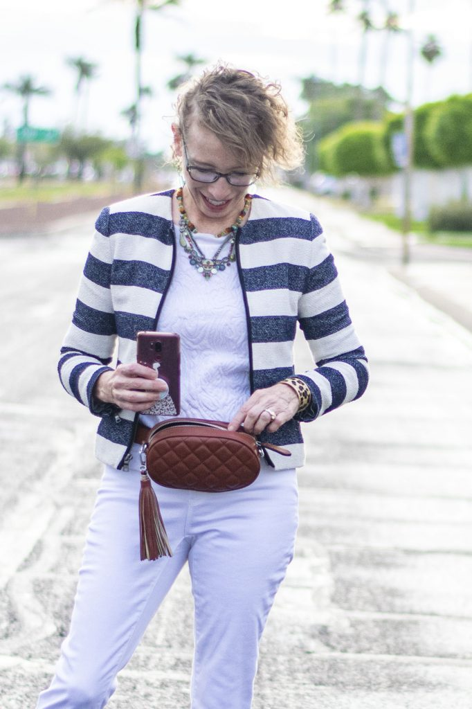 How to wear a belt bag for your needs