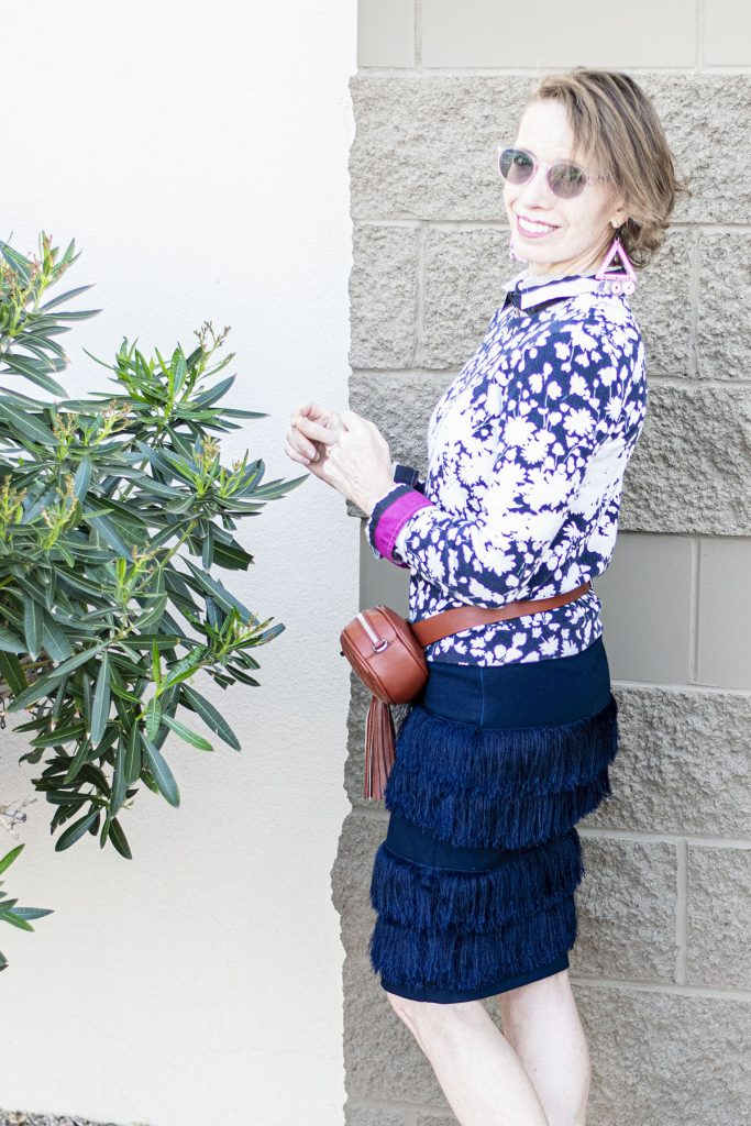 How to wear a belt bag with a skirt