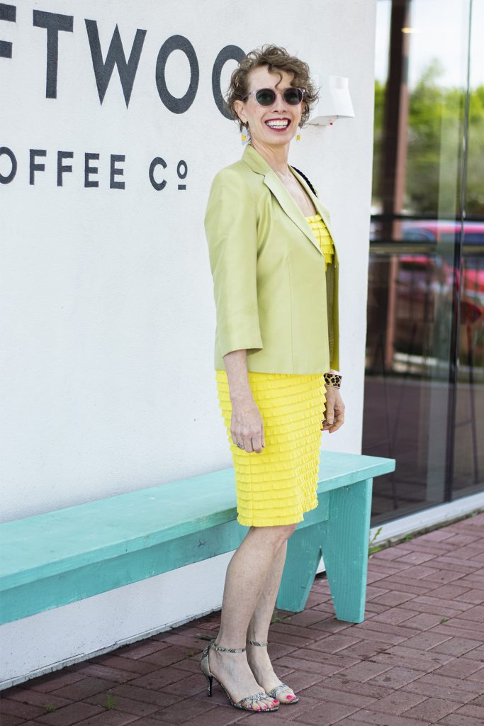 Yellow dress as a spring wedding outfit